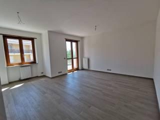 Photo - 2-room flat Strada Cinzano 10, Cinzano, Santa Vittoria d'Alba