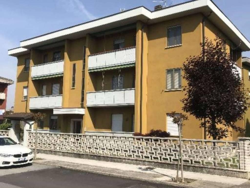 foto  Quadrilocale via Repubblica, Gadesco-Pieve Delmona