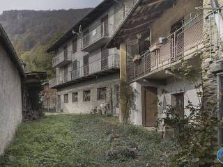 Photo - Farmhouse via Duca Amedeo 5, Rorà