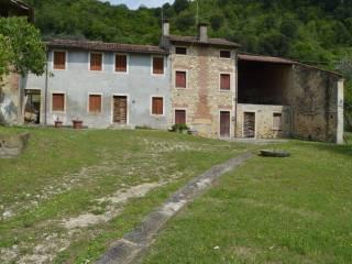 Foto - Sasso via Giuseppe Zuccante 18, Pederiva, Grancona