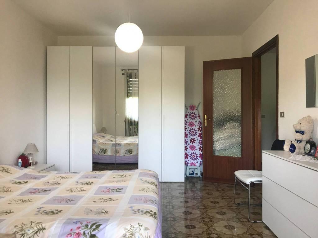 foto CAMERA MATRIMONIALE 3-room flat via Valperga 8, Pertusio
