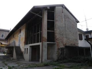 Photo - Building via Castello, Mornico al Serio
