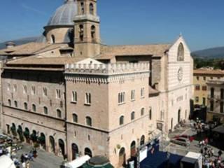 Foto - Trilocale via Andrea Vici, Foligno