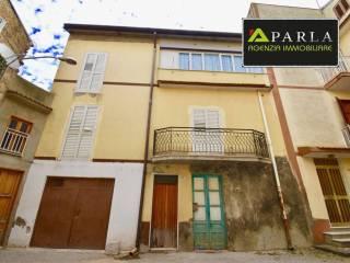 Фотография - Четырехкомнатная квартира via Vittorio Emanuele, Delia