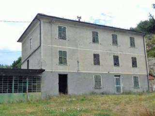 Foto - Rustico, da ristrutturare, 374 mq, Gavi