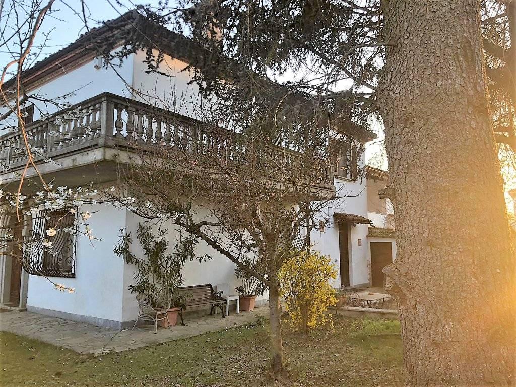 foto  Villa unifamiliare, ottimo stato, 250 mq, Alessandria