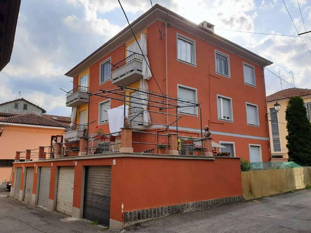 foto stabile 3-room flat via cavour, Gassino Torinese