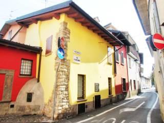 Photo - Detached house via Luigi Gamba 31, Curno