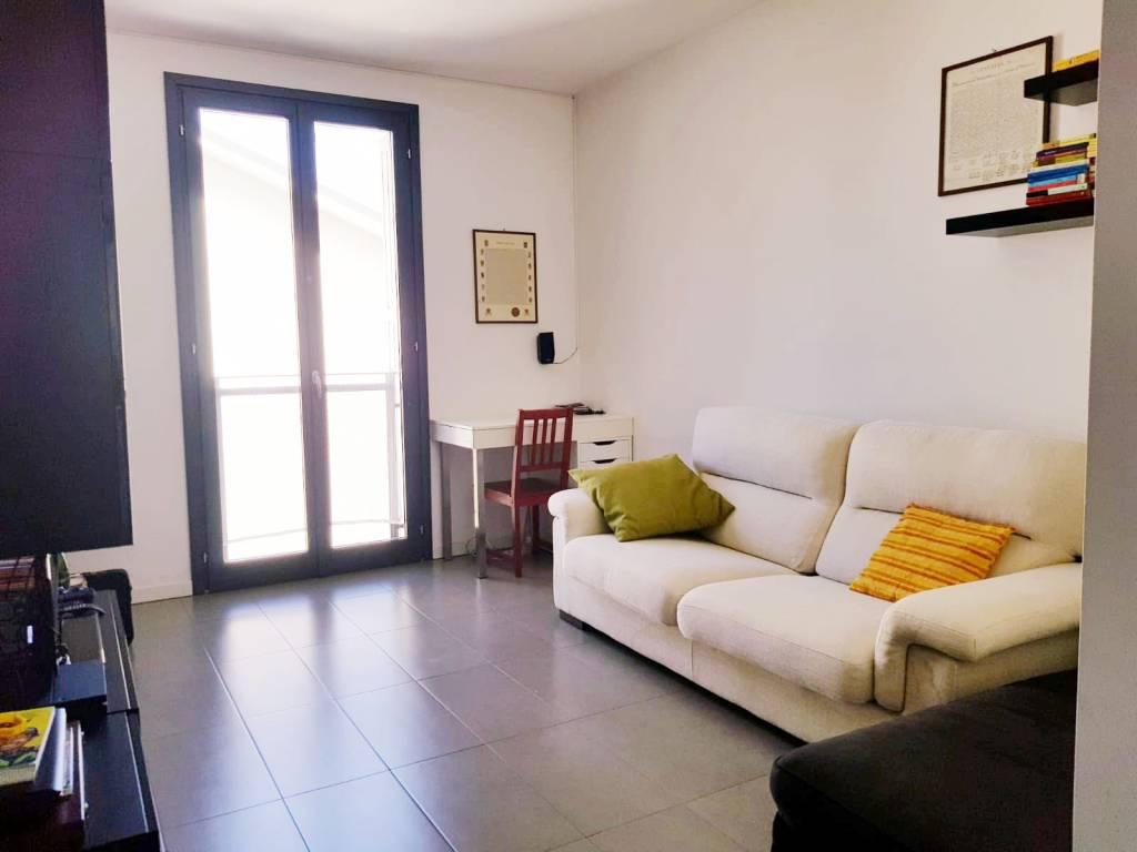 foto  4-room flat via Caduti di Nassiriya, Vignate