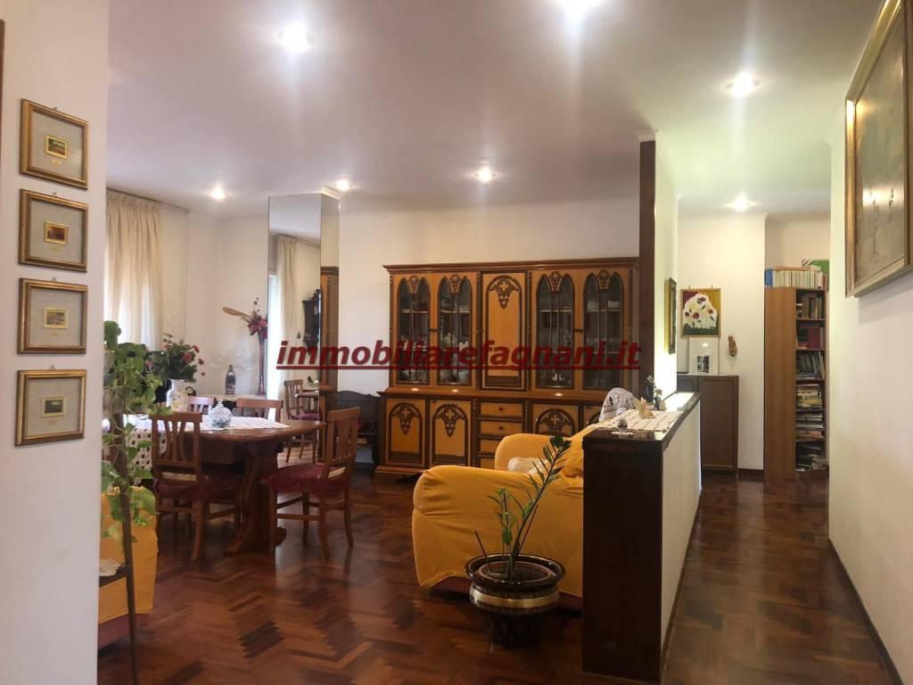 foto  Penthouse via Virginia Vezzi, Velletri