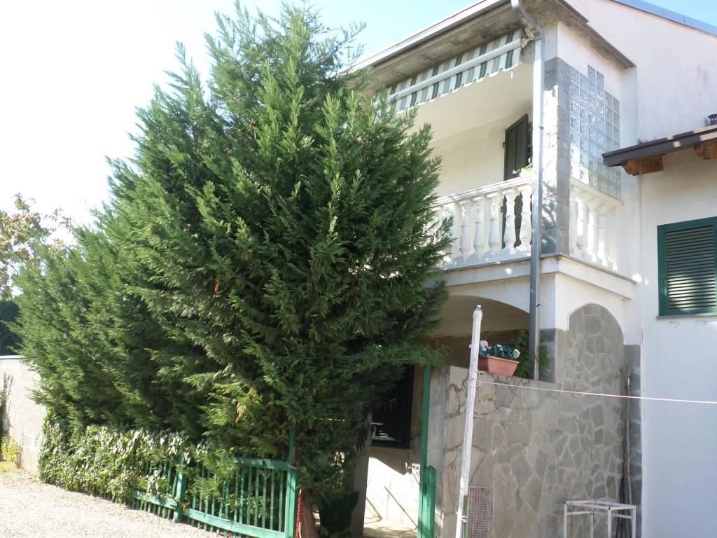 foto  Villa a schiera 5 locali, ottimo stato, Alessandria