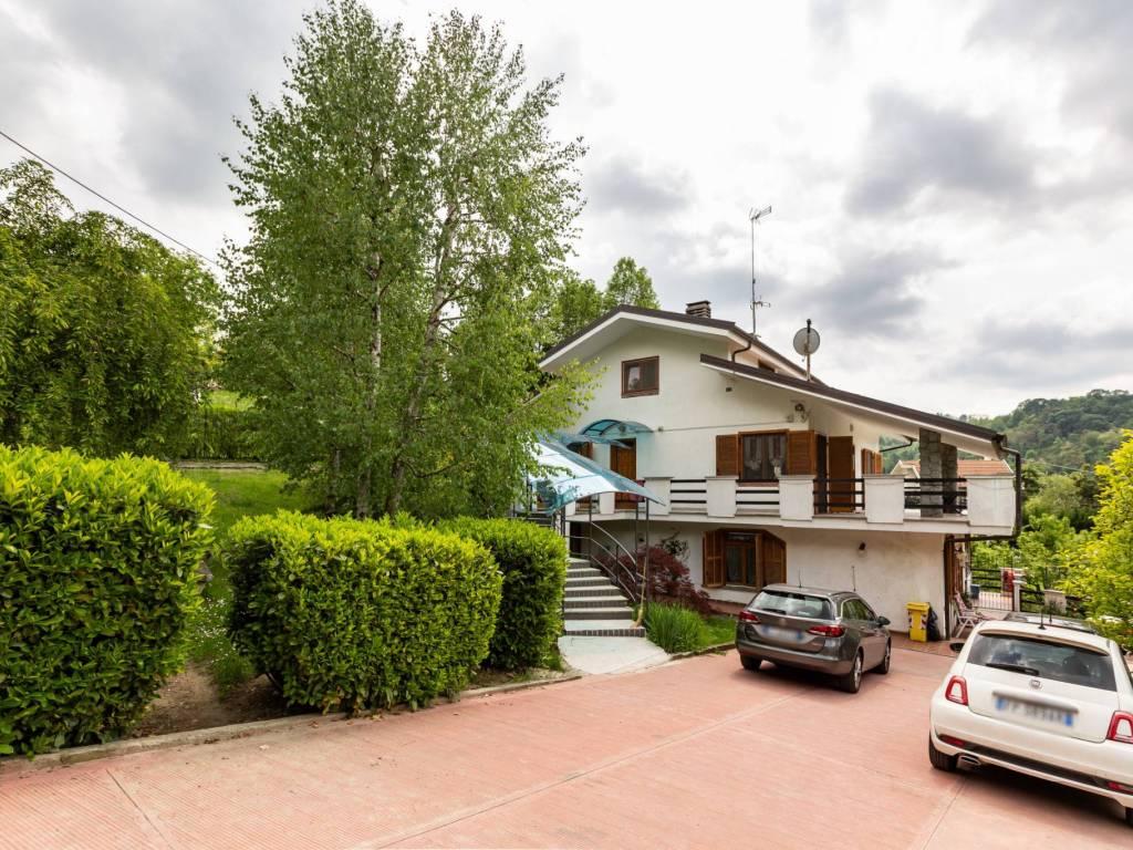 foto VILLA Multi-family villa regione Garavaglia, Sciolze