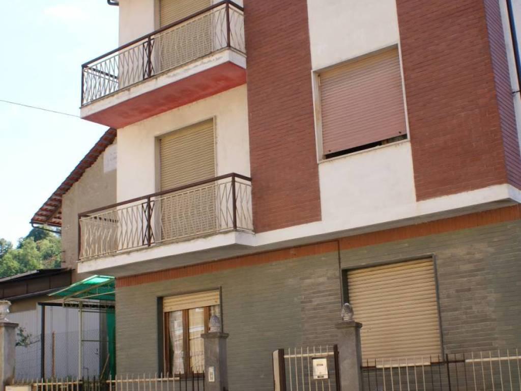 foto FACCIATA Detached house via Po, Chivasso