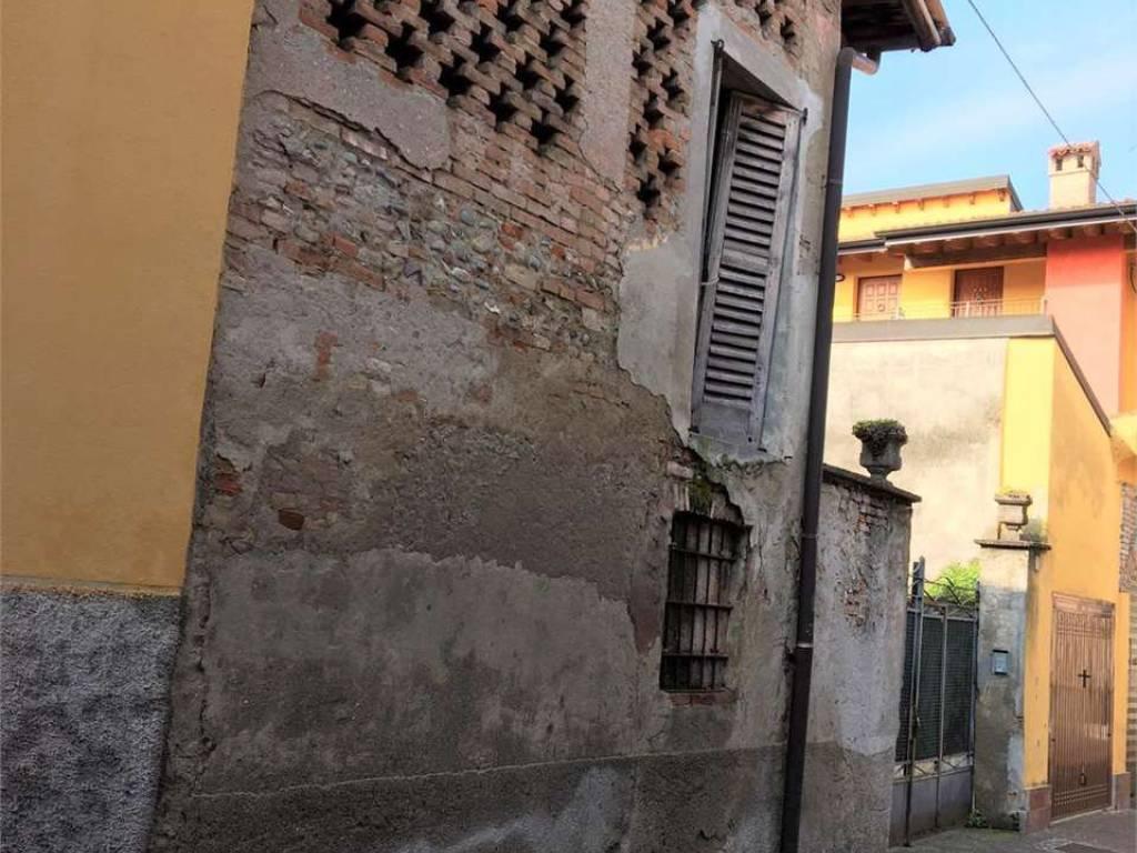 foto VEDUTA ESTERNA Country house via Ludovico Brambilla, Romano di Lombardia