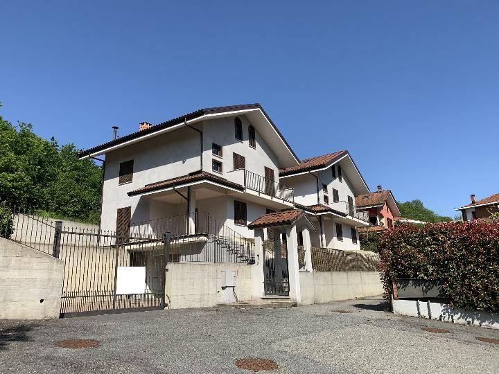 foto  Single family villa, new, 403 sq.m., Castiglione Torinese