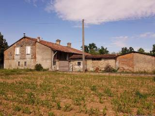Photo - Country house, good condition, 13280 sq.m., Pumenengo