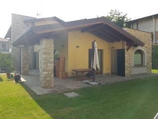 Foto - Villa bifamiliare via Giuseppe Garibaldi, Treviolo