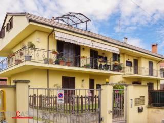 Foto - Piso de cuatro habitaciones via delle Rose 11, Favari, Poirino