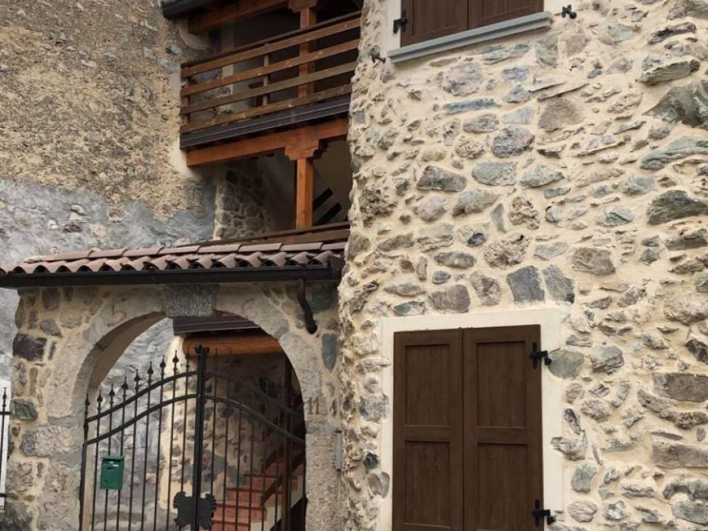 foto  2-room flat via Castello 11, Bossico