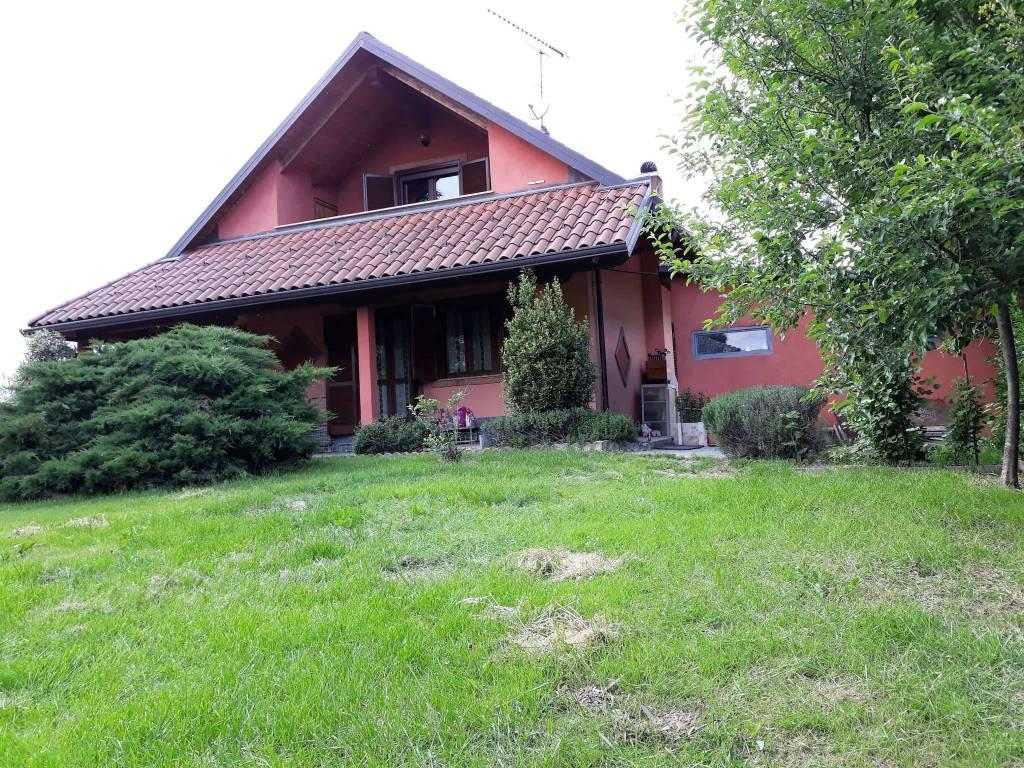 foto  Single family villa via Rivarolo Bossole, Lombardore