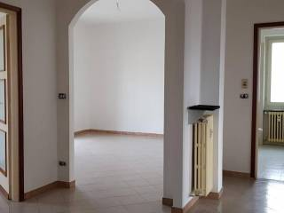 Foto - Appartamento buono stato, secondo piano, San Damiano d'Asti