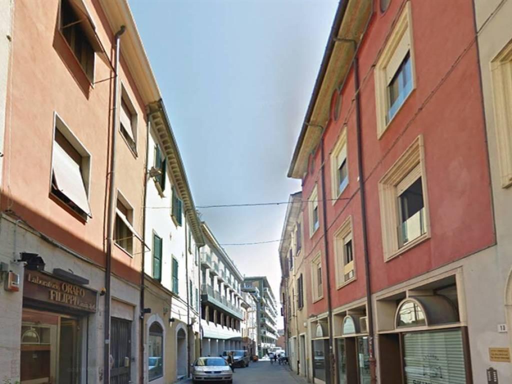 foto  Villa bifamiliare, da ristrutturare, 269 mq, Rimini
