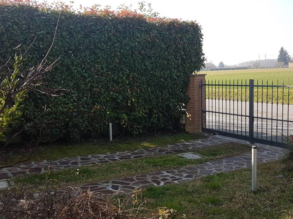 foto  Two-family villa, excellent condition, 168 sq.m., Viadana