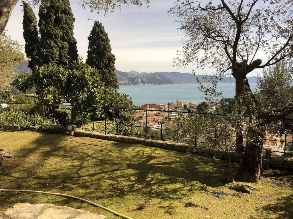 foto  Quadrilocale via Partigiano Silvio Berto Solimano, Santa Margherita Ligure