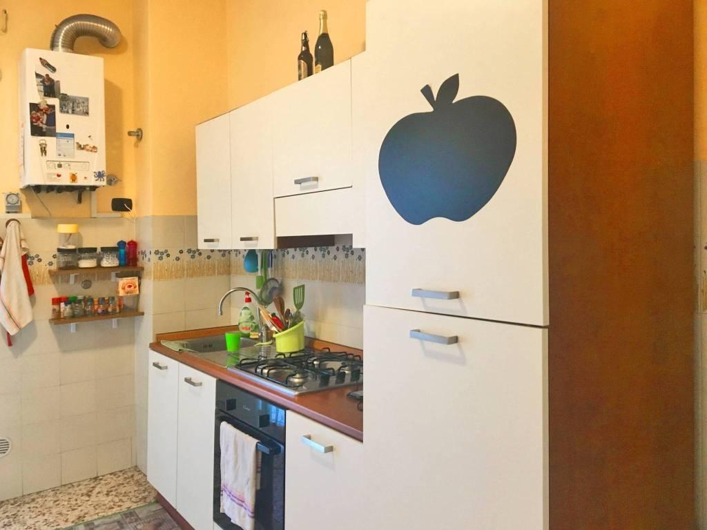 foto cucina Trilocale buono stato, primo piano, La Spezia