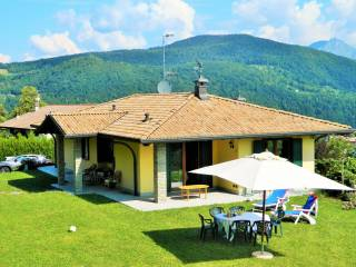 Foto - Villa unifamiliare via Canneto 23, Pellio Superiore, Alta Valle Intelvi