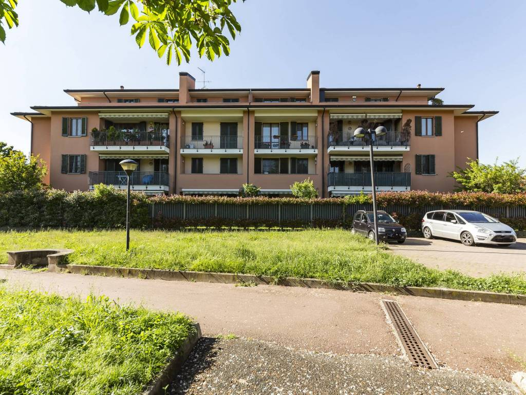 Vendita Appartamento Cernusco Sul Naviglio Trilocale In Via