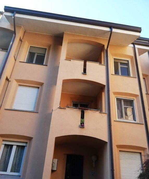 foto facciata Appartamento all'asta via Aristide Magni 41-C, Inverigo