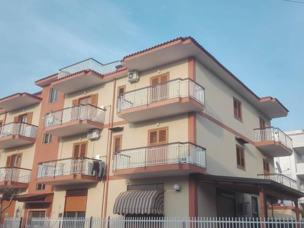 foto palazzo Trilocale via dell'Olmo, Aversa