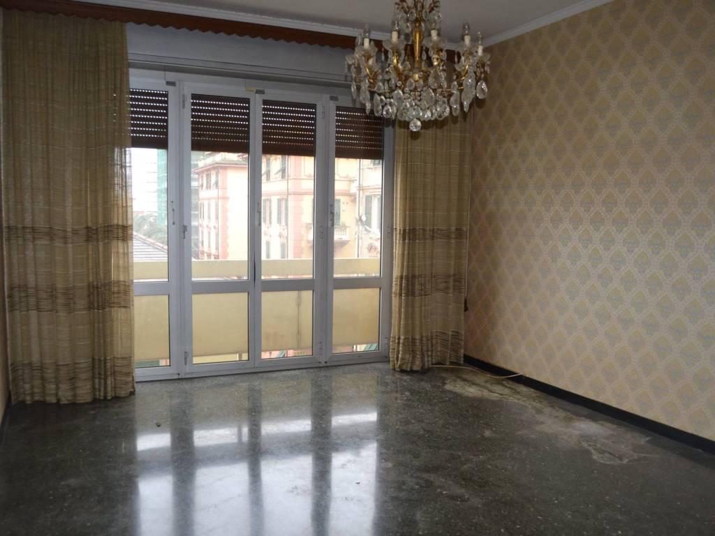 foto  Διαμέρισμα via Michele Erede, Genova