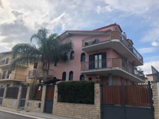 Photo - Terraced house via Eugenio Perrotta, Succivo