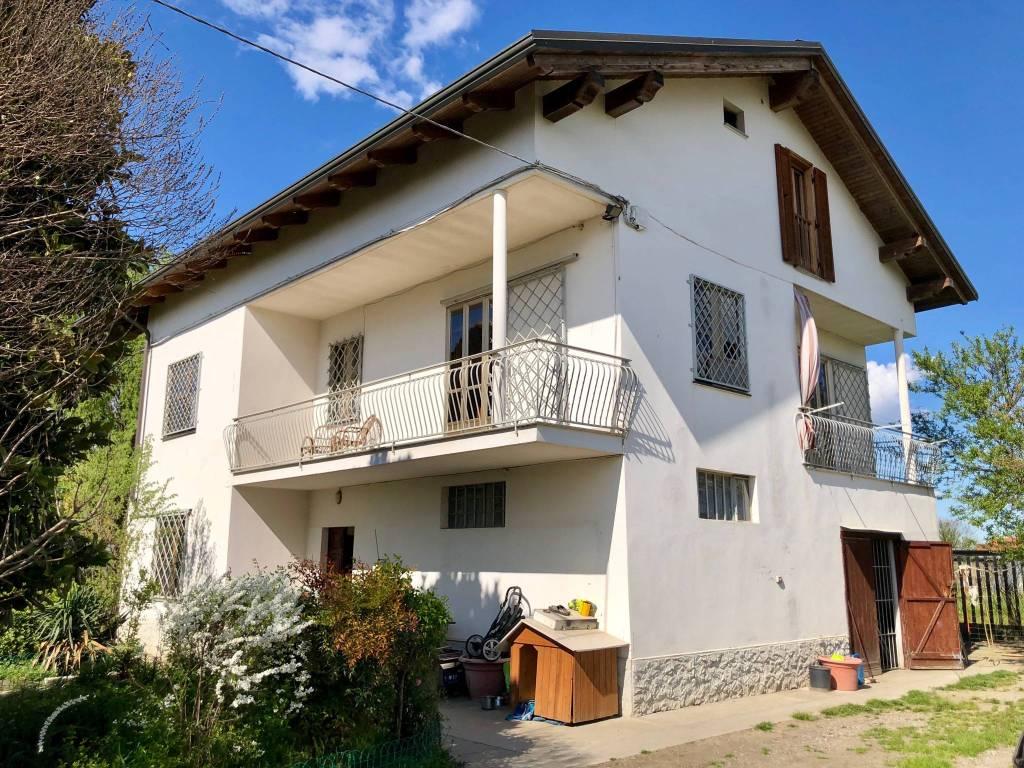 foto ESTERNO Multi-family villa via Po, Settimo Torinese