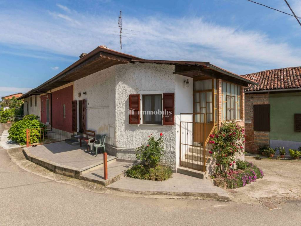 foto  MG 9037 Detached house via Seminenga 19, Moncestino