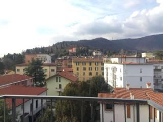 Foto - Trilocale via Simone Elia, Torre Boldone