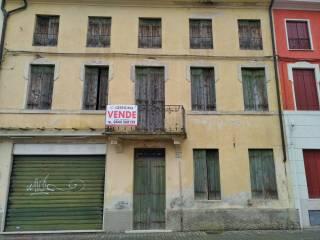 Foto - Terratetto unifamiliare via 4 Novembre, Montecchio Maggiore