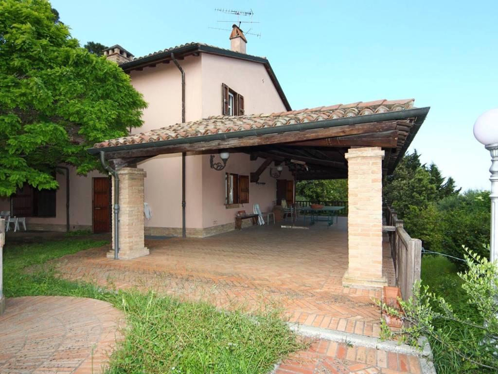 foto Esterno Vila familiar via Garampa, Cesena