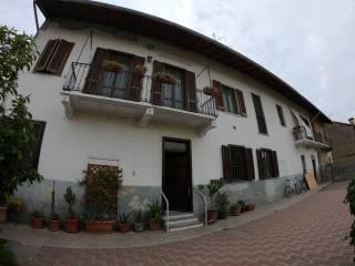 Photo - Farmhouse, excellent condition, 176 sq.m., Vanzaghello