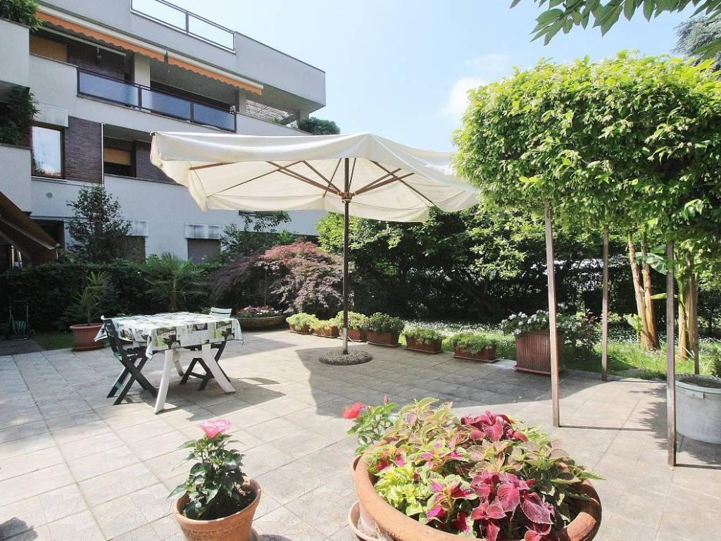 foto Giardino 3-room flat via Risparmio 9, Cusano Milanino