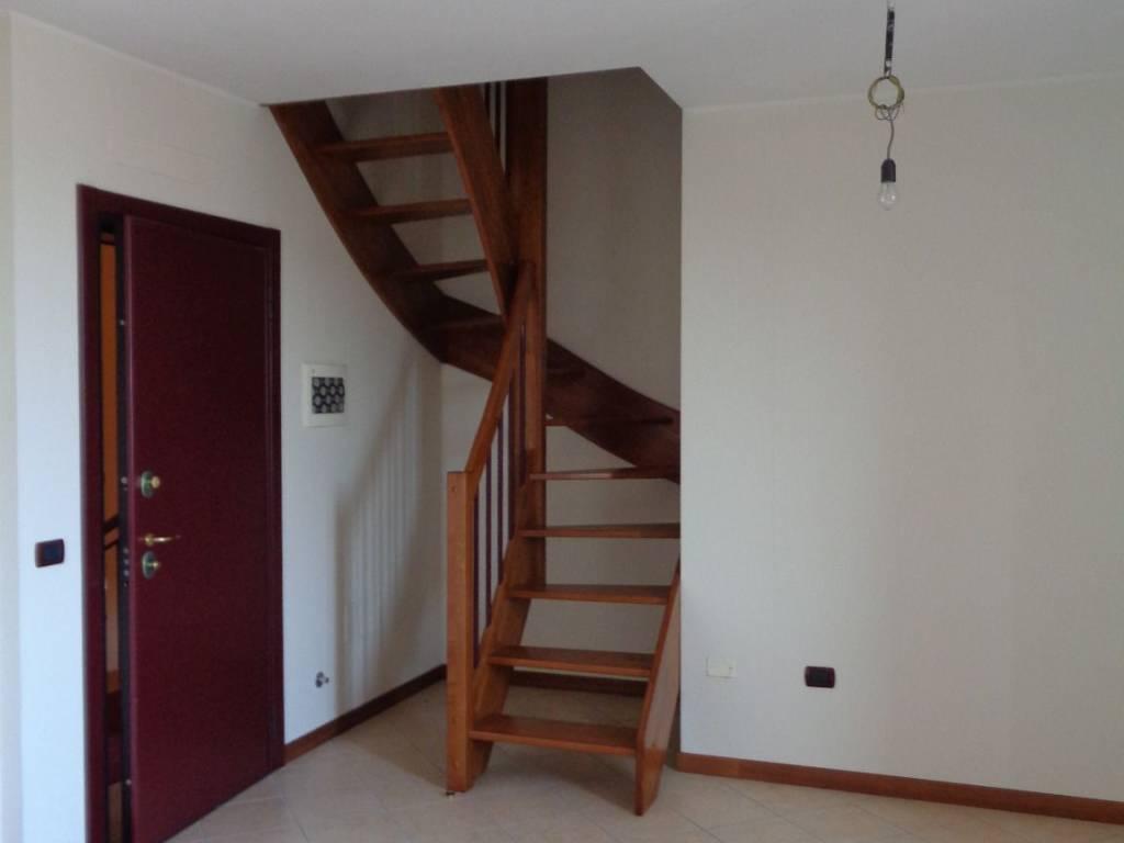 foto  Apartamento T3 via Lazzaro Spallanzani, Rolo