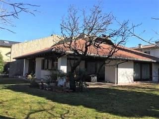 Photo - Single family villa, excellent condition, 700 sq.m., Cassola