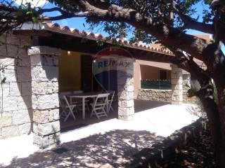 Foto - Villa a schiera via Leccio Baia Vignola, 49, Aglientu