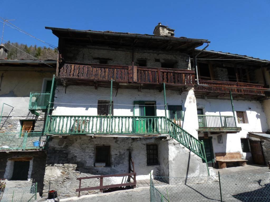 foto  Country house frazione Combaz, Saint-Rhémy-En-Bosses