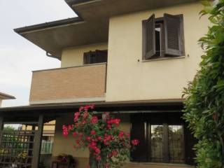 Photo - Terraced house 5 rooms, excellent condition, Pognano