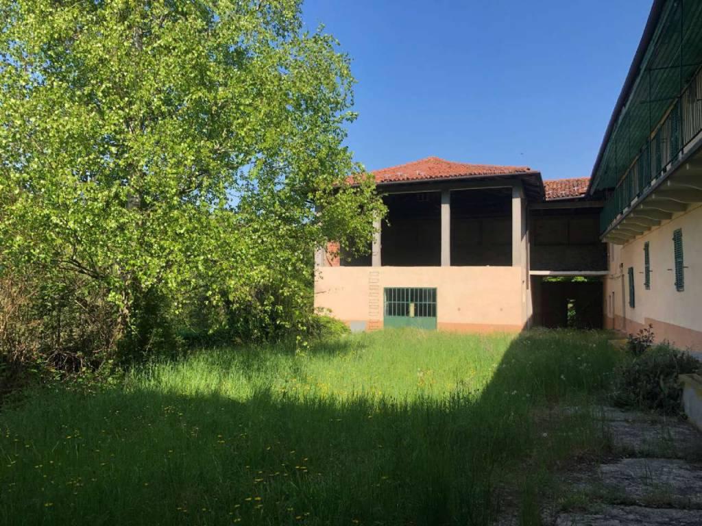 foto  Casale via case sparse 143, Rivalba