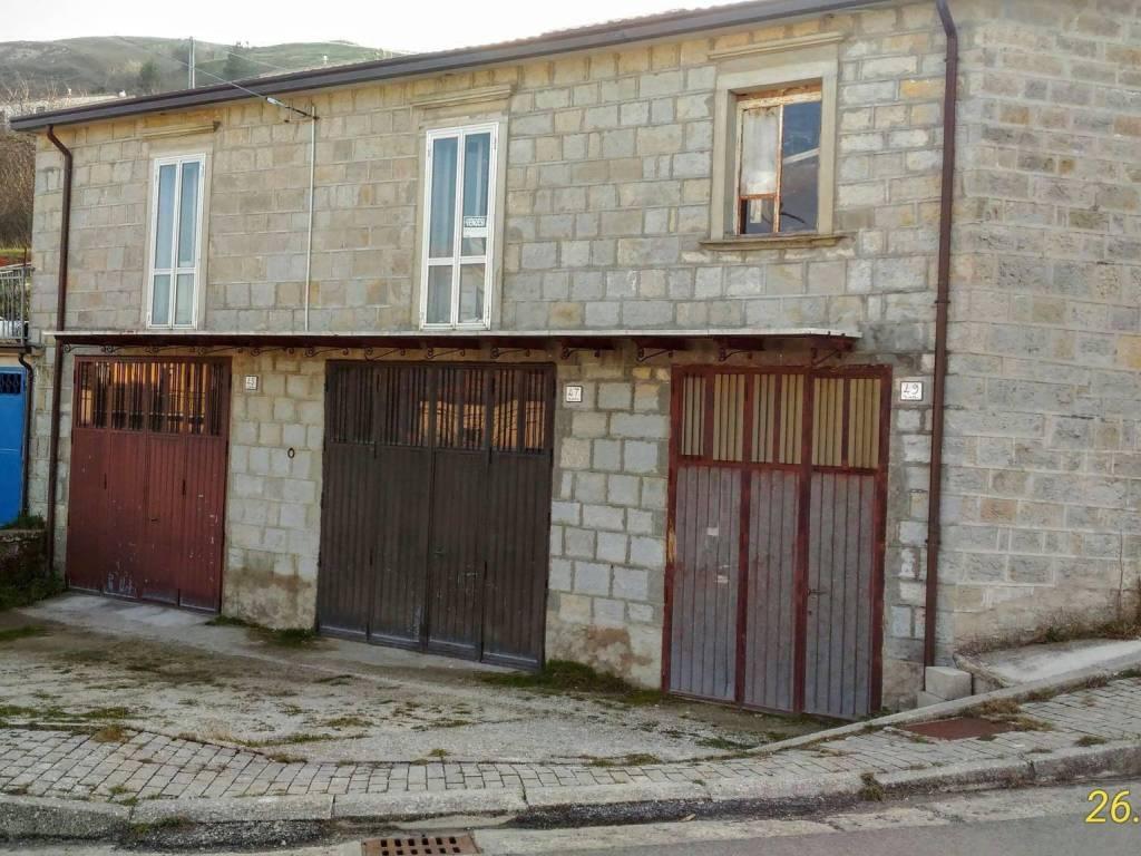 foto  Casa indipendente via Aldo Moro, Castiglione Messer Marino