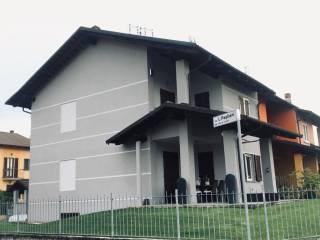 Photo - Terraced house via Dante 2, Genola